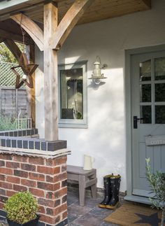 small garden common ground : New House Journal: Timber Frame Front Porch House With Porch, House Front, Style At Home, Front Door Porch, Country Front Door, Porch Entrance, Modern Front Door, Wreaths For Front Door, House Journal