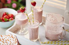 This milkshake-style, non-alcoholic drink made with juicy strawberries. | Tesco