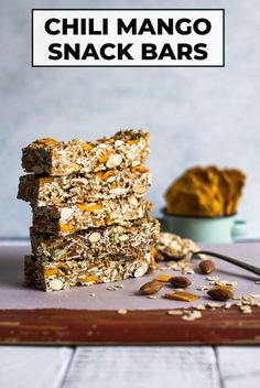 These chili mango snack bars take less than 10 ingredients to make! They're healthy and very filling. Great as breakfast on-the-go or a pre-workout snack! #glutenfree #chili #mango #bars #snack Simply Recipes, Great Recipes, Michelada Recipe, Sicilian Recipes, Healthy Gluten Free Recipes, Cooking 101, Breakfast On The Go, Snack Bar