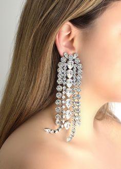 Statement Bridal Earrings, Statement Crystal Swarovski Earrings, OVERSIZE Earrings, Long Drop Crystal Earrings, Clip On Dangle Earrings Black Diamond Earrings, Big Earrings, Bridal Earrings, Diamond Studs, Crystal Earrings, Wedding Jewelry, Stylish Jewelry, Stylish Clothes, Ear Jewelry