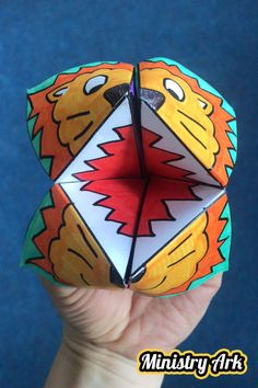 Lion origami Bible Craft Sunday School Lessons Ideas Of Paper Plate Crafts for Bible Stories. Bible Story Crafts, Bible School Crafts, Bible Crafts For Kids, Sunday School Crafts, Crafts For Kids To Make, Bible Stories, Daniel Bible Crafts, School Kids, Frog Crafts