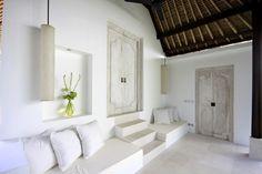 www.desabulan.com white verandah