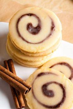 Plätzchen Rezepte: Süße Zimtschneckenkekse