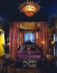 I LOVE the ceiling and the light fixture! Gypsy/boho