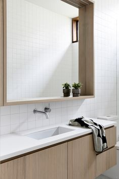 38 Best Minimalist Bathroom Design Ideas You Will Definitely Want To Try - Modern Contemporary Bathrooms, Modern Bathroom, Small Bathroom, Master Bathroom, Contemporary Design, Bathroom Ideas, Bathroom Organization, Remodled Bathrooms, Relaxing Bathroom