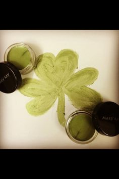 From rejuvenating spa parties to fun makeup and trend parties, the type of Mary Kay party you have is up to you Mary Kay Inc, Ideal Beauty, Green Eyeshadow, Because I Love You, Beauty Consultant, Mary Kay Makeup, Happy St Patricks Day, Eye Color, Beauty Makeup
