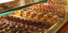 Il boss delle torte: il nuovo business della camorra è il settore dolciario. Rituale imposto a chi vuole aprire una pasticceria