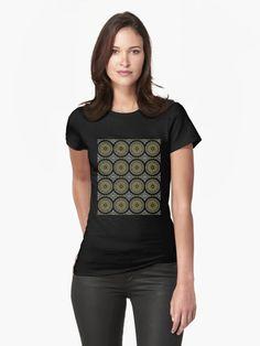 'Oriental Mandala' T-Shirt von FejuLegacy Tees For Women, V Neck, Blanket, Woman, Unique, Fashion, Mandalas, Sleeveless Tops, Cinch Bag
