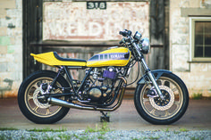 A simple option for customization is this bolt-on kit for the 2015 Yamaha READ MORE. Yamaha Sr400, Yamaha Motorcycles, Scrambler Motorcycle, Norton Cafe Racer, Triumph Cafe Racer, Cafe Racers, Modern Cafe Racer, Flat Track Motorcycle, Harley Davidson Scrambler