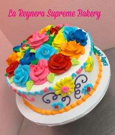 Mexican Fiesta Cake, Mexican Party, Pretty Cakes, Beautiful Cakes, Amazing Cakes, Mexican Birthday Parties, Movie Cakes, My Birthday Cake, Painted Cakes