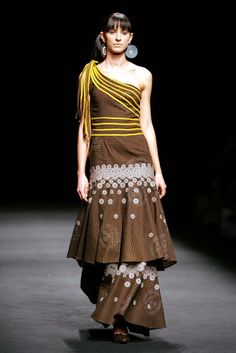 Shweshwe traditional dress for Women - Real Hair Cut South African Fashion, African Fashion Designers, African Inspired Fashion, Africa Fashion, African Print Dresses, African Dresses For Women, African Attire, African Prints, Xhosa Attire