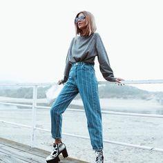 @adrianagolima Mom Jeans, Community, Pants, Fashion, Trouser Pants, Moda, Fashion Styles, Women Pants, Fasion