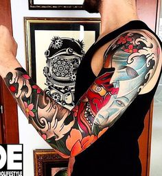 Japanese tattoo sleeves by Swipe to the side to see all 4 tattoos! Arm Sleeve Tattoos, Japanese Sleeve Tattoos, Leg Tattoos, Black Tattoos, Body Art Tattoos, Tribal Tattoos, Tattoo Sleeves, Tatoos, Japan Tattoo