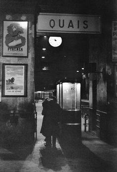 Sans titre (Quais), Paris, 1958, Henri Cartier-Bresson. (1908 - 2004)