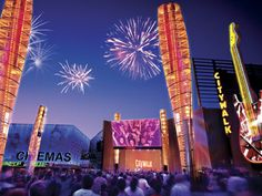 Universal Citywalk Hollywood ~ Discover Hollywood Car Free | Discover Los Angeles