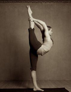 wow...Natarajasana {dancer's pose}