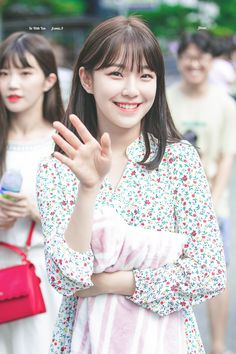 Kpop Girl Groups, Korean Girl Groups, Kpop Girls, Arin Oh My Girl, Cute Japanese Girl, K Idol, Cute Korean, Ulzzang Girl, Pop Group
