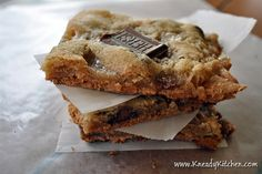 Welcome to Kneady Kitchen. S'mores cookies are all the gooey deliciousness of s'mores, minus the campfire.