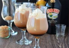 Our Irish Coffee with Baileys and Kahlua Recipe is a wonderful beverage to accompany any brunch or dessert! It's lovely as a serve alone beverage too. I mean how can you wrong with a Baileys Kahlua Recipes, Coffee Drink Recipes, Coffee Cocktails, Alcohol Drink Recipes, Irish Recipes, Craft Cocktails, Dessert Recipes, Baileys Drinks, Liquor Drinks
