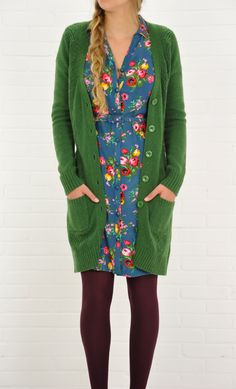 Model wears the Buttondress Noelle with the Cardi long Spiral naps.