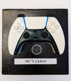 Video Game Cakes, Video Game Party, Video Games, 5th Birthday Cakes For Boys, Birthday Ideas, 3d Cakes, Fondant Cakes, Playstation Cake, Bike Cakes