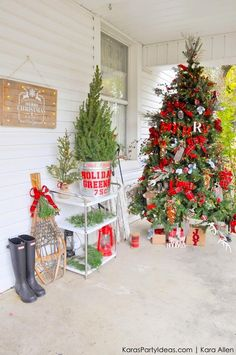 Rustic Plaid Farmhouse | Cabin Christmas Tree by Kara Allen | KarasPartyIdeas.com for Michaels MichaelsMakers Holiday Dream Tree Challenge