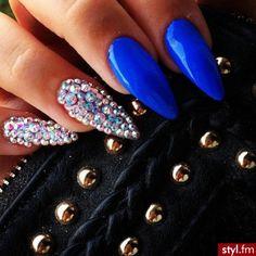 ❤️ pointed diamond nails