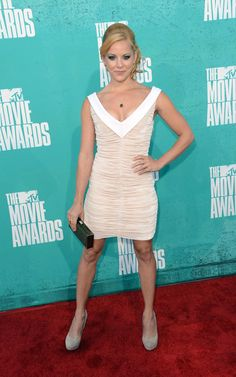 Amy Paffrath arrives at the 2012 MTV Movie Awards with a Lancaster clutch Mtv Movie Awards, Amy Paffrath, Lancaster, Red Carpet, Formal Dresses, Bikinis, Sexy, Photos, Fashion