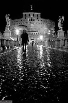 ROMA -BLACK AND WHITE