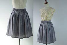 しなやかなダブルガーゼのシンプルな形のギャザースカートです。さまざまなギャザースカートを試作した結果、一番きれいに見えるギャザー量を発見しました。実際に着てみ...|ハンドメイド、手作り、手仕事品の通販・販売・購入ならCreema。