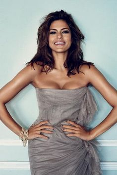 Eva Mendes.... my role model. shes sexy, flirty, funny... flawless <3
