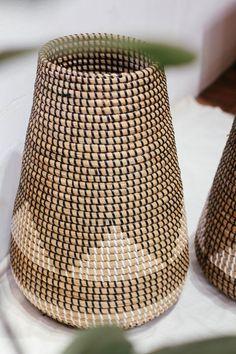 New yoga mat storage umbrella stands 36 Ideas Seagrass Storage Baskets, Hanging Baskets, Wicker Baskets, Basket Weaving, Hand Weaving, Grocery Basket, Paper Roll Holders, Natural Weave, Creative Storage