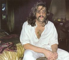 Glenn Frey ~~~ love him & his music, even if he does look like a former *mistake* of mine. :\