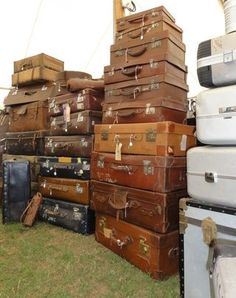 Vintage suitcases at a flea market in England. I want some!