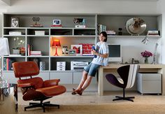 escritório integrado ao living
