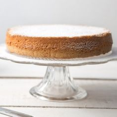 Many think that gluten-free cakes can never match those made with wheat flour. Victoria Glass will prove them wrong.