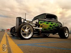 Goin Bad Hot Rod Awesome Green Flames!
