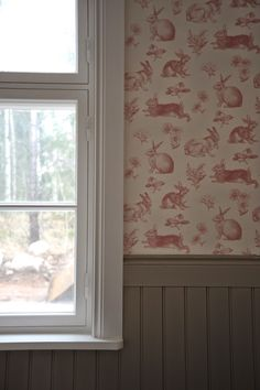 Wall Wallpaper, Glass Rabbit, English Country Bathroom, Farmhouse Favorite, Decor Inspiration, Red House, Window Treatments Bedroom, Red Cottage, Red Decor