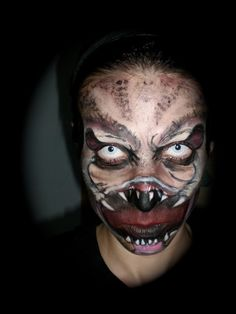 Predator make up - Distorting the mouth on a human face looks crraaazy.