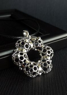 925 Sterling Silver Small Bunny Rabbit w//White Crystal Eye Stud Earrings 22212