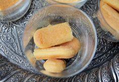 Tiramisu cu ananas - Tiramisu fara oua - Desert De Casa - Maria Popa Tiramisu, Cantaloupe, Fruit, Recipes, Pineapple, Ripped Recipes, Tiramisu Cake, Cooking Recipes