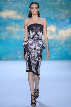 Monique Lhuillier Spring 2013 Ready-to-Wear Fashion Show