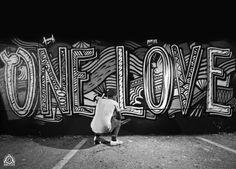 Franck Pellegrino - One Love #StreetArt - Supakitch - BleuNoir