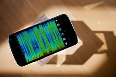 When Google built the latest version of its Android mobile operating system, the web giant made some big changes to the way the OS interprets your voice commands. It installed a voice recognition system based on what's called a neural network -- a computer network that behaves much like the human brain.