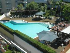 Swell Resort Burleigh Heads Gold Coast Located just 100 metres from the famous Burleigh surf beach, Swell Resort offers spacious and fully self-contained apartment accommodation. Facilities include a swimming pool and a full-size tennis court.