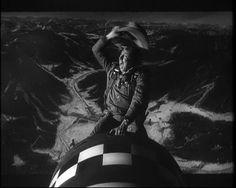 Il dottor Stranamore, ovvero: come imparai a non preoccuparmi e ad amare la bomba.