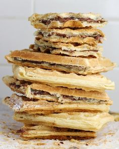 2-Ingredient Nutella Waffles