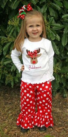 MUST get this cute reindeer Christmas outfit!