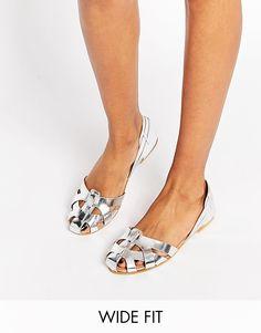 Imagen 1 de Zapatos de verano de ancho especial en cuero JUGGLER de ASOS