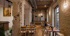 Imagem 5 de 18 da galeria de Restaurante Perro Viejo / Donaire Arquitectos. Fotografia de Fernando Alda